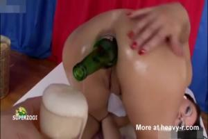 Girls Ear Is Split In Ufc Fight